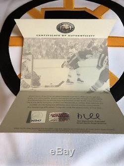 Bobby Orr signed Boston Bruins CCM Jersey GNR COA