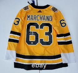 Brad Marchand Boston Bruins signed Adidas Reverse Retro jersey
