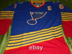 Brett Hull Autographed St Louis Blues throwback jersey signed