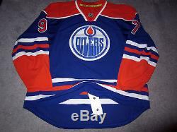 CONNOR MCDAVID Edmonton Oilers SIGNED Autographed JERSEY withBeckett BAS COA 56