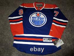 CONNOR MCDAVID Edmonton Oilers SIGNED Autographed JERSEY with BAS COA M