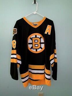 Cam Neely Signed Boston Bruins Vintage Jersey HOF