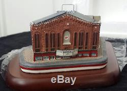 Danbury Mint Replica Of the Olympia Stadium Home of the Detroit Red Wings withCOA