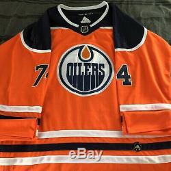 Ethan Bear Signed Jersey Edmonton Oilers Home Autographed Auto Wow + Beckett Coa