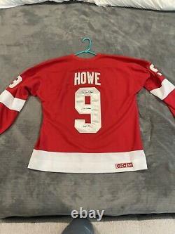 Gordie Howe Autographed Signed Red Wings Jersey Mr. Hockey HOF 1972