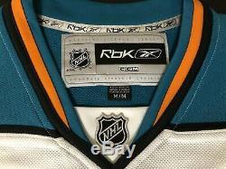 Joe Pavelski signed San Jose Sharks Reebok premier jersey size M