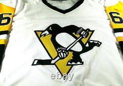 Mario Lemieux / Autographed Pittsburgh Penguins White Custom Hockey Jersey / Coa