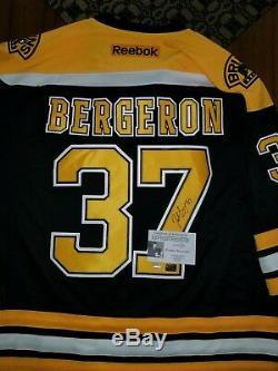 Patrice Bergeron Autographed Jersey