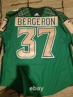 Patrice Bergeron warm up worn 2019 st Patrick's day signed jersey