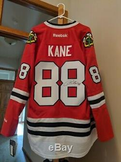 Patrick Kane Autographed Jersey New With Tags