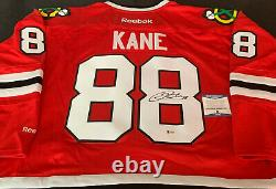 Patrick Kane Chicago Blackhawks Autographed Signed Jersey Red Reebok Beckett COA