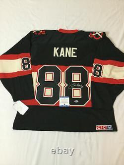 Patrick Kane Signed Chicago Blackhawks Reebok Jersey Beckett Bas Coa S08651