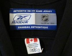 SIDNEY CROSBY SIGNED PITTSBURGH PENGUINS REEBOK JERSEY AUTHENTIC with COA