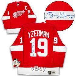 Steve Yzerman Detroit Red Wings Autographed Fanatics Vintage Hockey Jersey