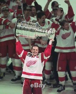 Steve Yzerman Signed 1997 Detroit Red Wings Stanley Cup Nike Authentic Jersey 52