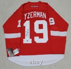 Steve Yzerman signed autograph Detroit Red Wings reebok jersey