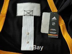 Sydney Crosby Signed Stadium Series Adidas Jersey (Frameworth Receipt)