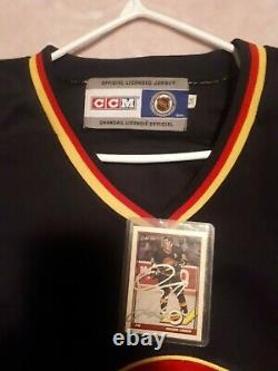 TREVOR LINDEN VANCOUVER CANUCKS CCM XL 94 CUP JERSEY with signed hockey card