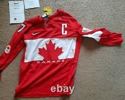 Team Canada Iihf Autographed Jersey Brand New Coa Frameworth Sidney Crosby