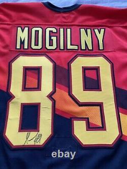 Vancouver Canucks MOGILNY 89 Signed Authentic Salmon CCM Jersey EUC size 48 Goal