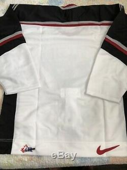 Vancouver Giants WHL Authentic Pro Nike Jersey Sz 52 With Fight Strap Brand New