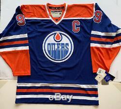 Wayne Gretzky Autographed Edmonton Oilers Jersey signed Upper Deck UDA