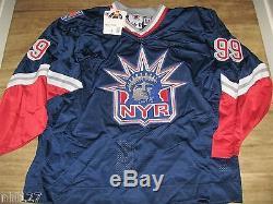 Wayne Gretzky New York Rangers Alt Upper Deck Authenticated UDA Hockey Jersey