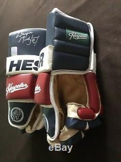Wayne Gretzky New York Rangers Gloves Autographed
