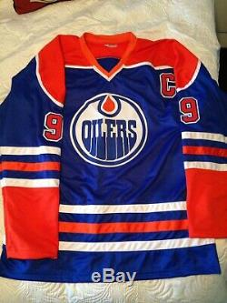 Wayne Gretzky Signed Blue Oilers Hockey Jersey (COA)