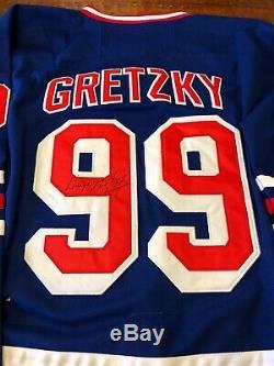 Wayne Gretzky Signed New York Rangers Jersey Proof Coa Auto Hockey