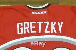 Wayne Gretzky Signed Team Canada Jersey with Full JSA Letter