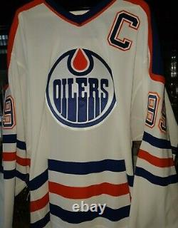 Wga Wayne Gretzky Autographed 50 Goals / 39 Games Oilers White Home Jersey 18/50
