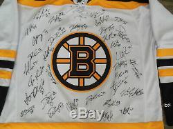 2018-2019 Équipe De La Coupe Stanley De Boston Bruins Signée Jersey Premier Rbk Withcoa 34 Auto