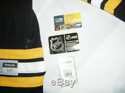 Boston Bruins 2011 Coupe Stanley Équipe Complète Signé Jersey