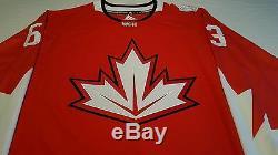 Brad Marchand, Coa Du Chandail Wch Autographié Par Le Canada, Aj Sports World