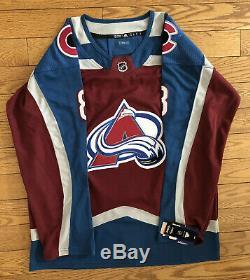 Cale Makar Signé Colorado Avalanche Jersey Jsa Coa # 8 NHL Rookie Roy Rare