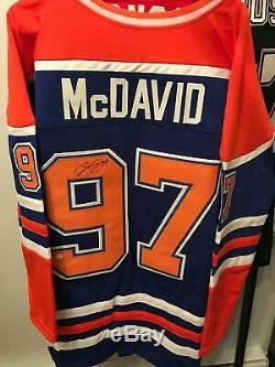 Connor Mcdavid Chandail De Maillot Home Signé Par Les Oilers D'edmonton (coa)