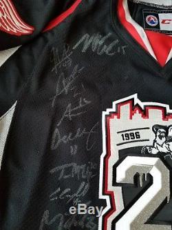 Grand Rapids Griffins Signé Jersey Ahl 1996-2014 Signé 20 Saisons CCM Strap
