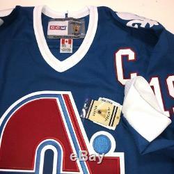 Joe Sakic Nordiques Québécoises Psa / Dna Coa X86115 Signature CCM Jersey