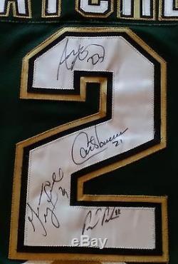 Les Fans Ultimes Des Stars De Dallas Portant Un Maillot De La Coupe Stanley 1999 Ont Signé 4 Autographes