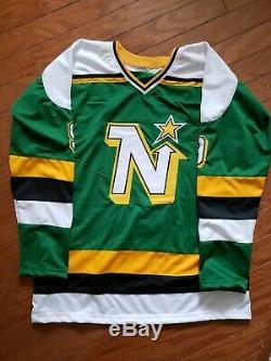 Mike Modano Autographié Personnalisés Minnesota North Stars Hockey Jersey Jsa Witness