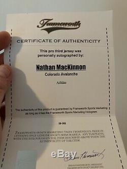Nathan Mackinnon Signé Jersey Adidas Pro Frameworth