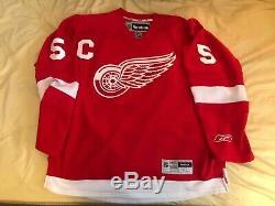 Nicklas Lidstrom Autographié / Signed Reebok Jersey XL Red Wings De Detroit