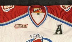 Peter Forsberg A Utilisé Le Maillot D'avalanche De La Coupe Stanley 2000-2001