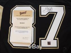 Sidney Crosby Des Penguins De Pittsburgh Autographié Jersey- Frameworth