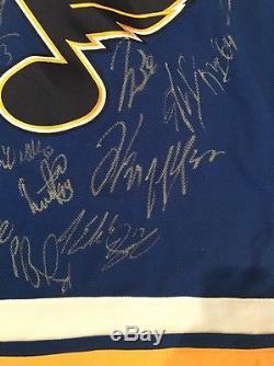 St Louis Blues Team 2016/17 50ème Anniversaire Du Maillot Signé