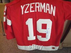 Steve Yzerman Koho Adulte L Red Jings De Detroit Autograph Jersey Signed