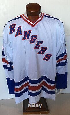 Wayne Gretzky A Signé Rangers Authentique Starter Jersey Auto Lutte Dragonne Uda Coa