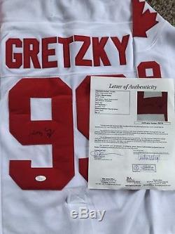 Wayne Gretzky Chandail Signé Par Le Canada - Jsa Loa # 99 Le Meilleur
